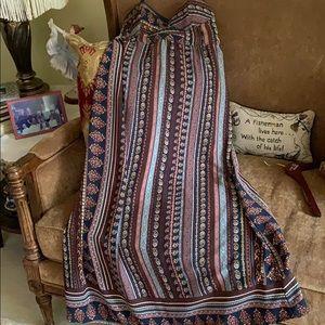 Long built in bra summer dress, very cute.
